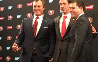 Kyle Shanahan (center), victim of Art Spander's larceny.